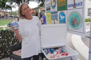 Mary Lindsey scored milk, plein or chocolate, your choice