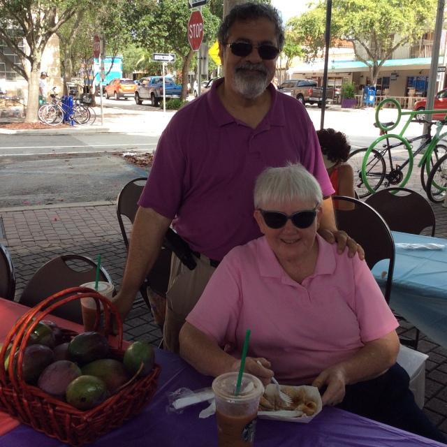 Volunteers extrodinaire Mango Grove