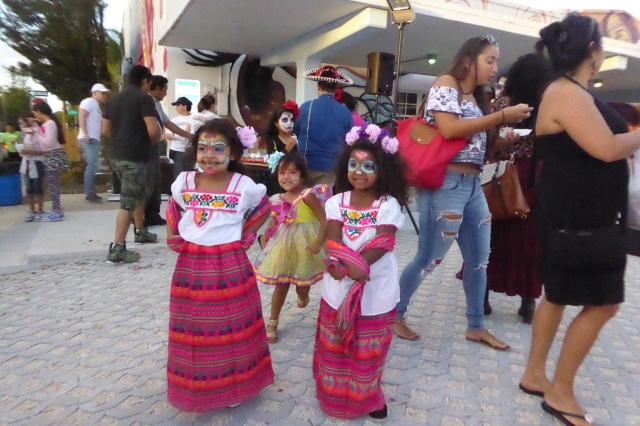 hows this for diversity Mexican tops and Guatamalen skirts, match made in heaven